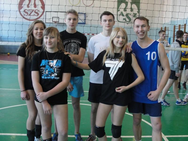 Turniej Siatkówki Drużyn Amatorskich o Puchar Dyrektora Gimnazjum Nr 2 w Łosicach