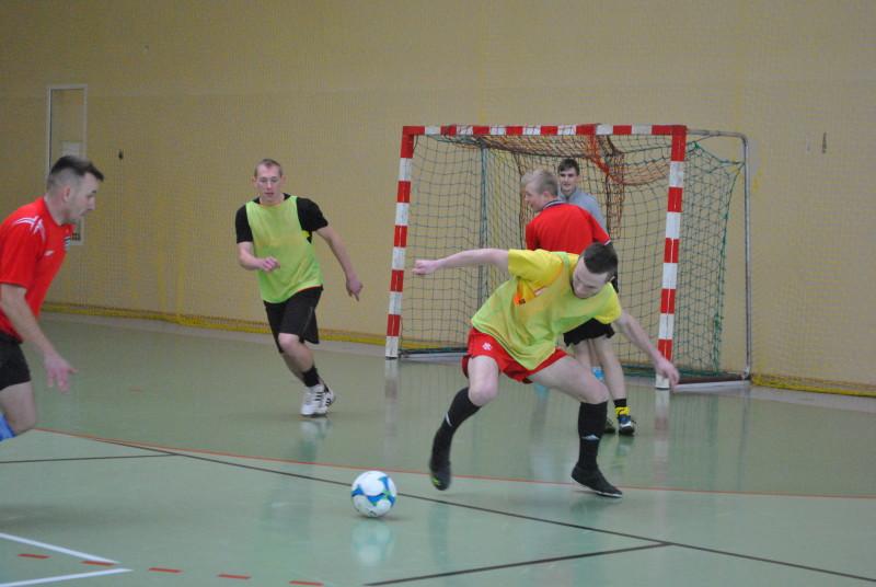 Zimowa Halowa Liga Piłki Nożnej.